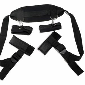 Đai đeo dụng cụ tình dục bạo dâm đen